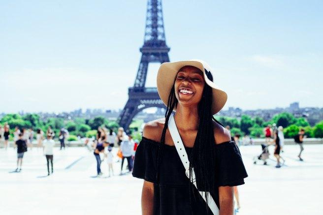 atikh-bana-Black Woman Happy